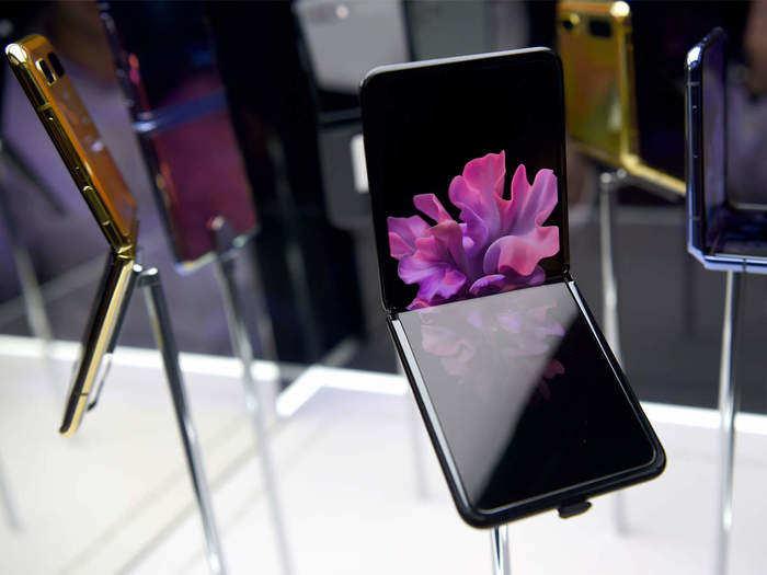 foldable samrtphones