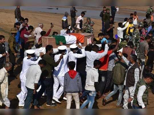 Jharkhand News: राजकीय सम्मान के साथ पंचतत्व में विलीन नौसैनिक सूरज दुबे, चेन्नई ने अगवा कर पालघर में जलाकर की गई थी हत्या