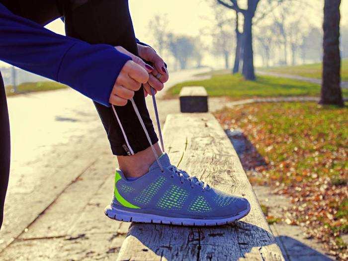 Running Shoes On Amazon : रनिंग और जिम के लिए पर्फेक्ट हैं Running Shoes, आज ही खरीदें Amazon से