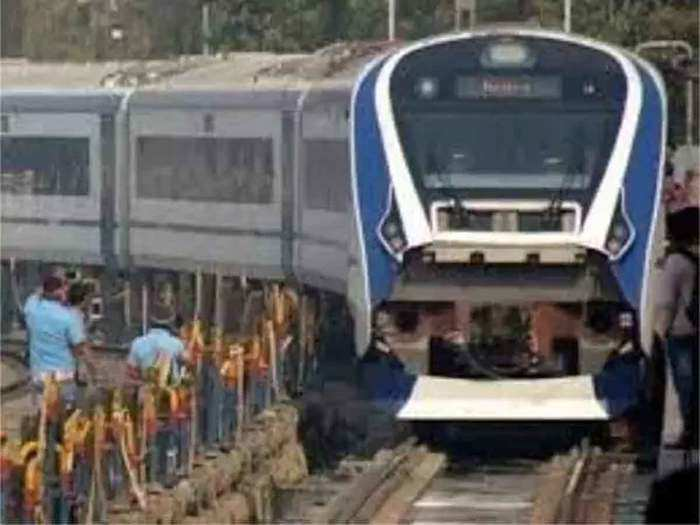 varanasi vande bharat express train will run with tejas rake as tejas express from 15th feb to 31st march