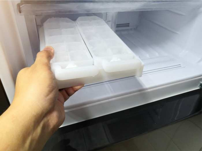 addicted to chewing ice what it could mean