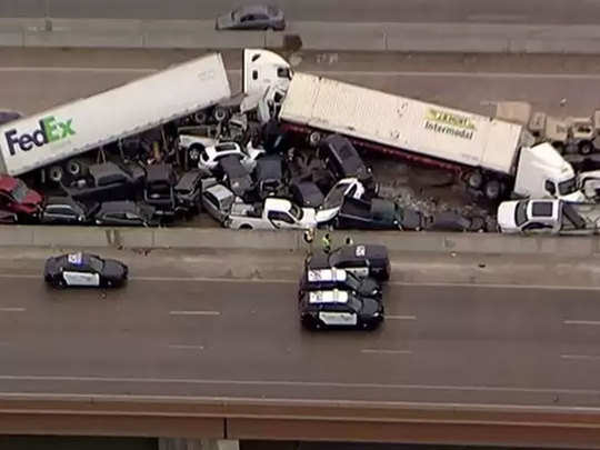 many die and dozens injured in us texas highway accident where over 100 vehicles piled up