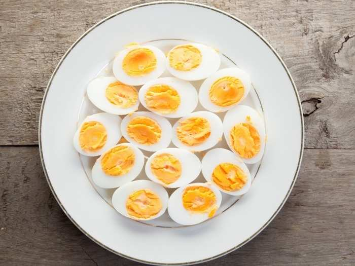 eating whole eggs is not bad for your cholesterol heres how