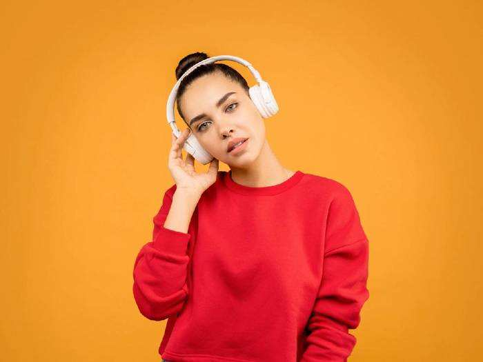 Headphones On Amazon : 70 % तक के भारी छूट के साथ खरीदें दमदार साउंड वाले Headphones