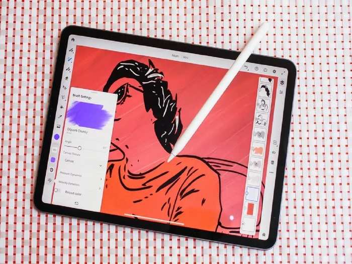 Folable iPhone soon with Apple Pencil Support