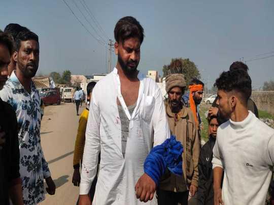 Punjab Municipal Elections 2021: पंजाब निकाय चुनाव में मतदान के दौरान कुछ जगहों पर झड़प