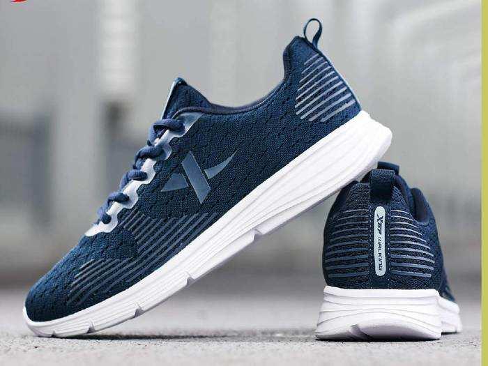 Sports Shoes On Amazon : खरीदें Sparx और Reebok जैसे ब्रांड के Sports Shoes, Amazon दे रहा 44 % तक का डिस्काउंट