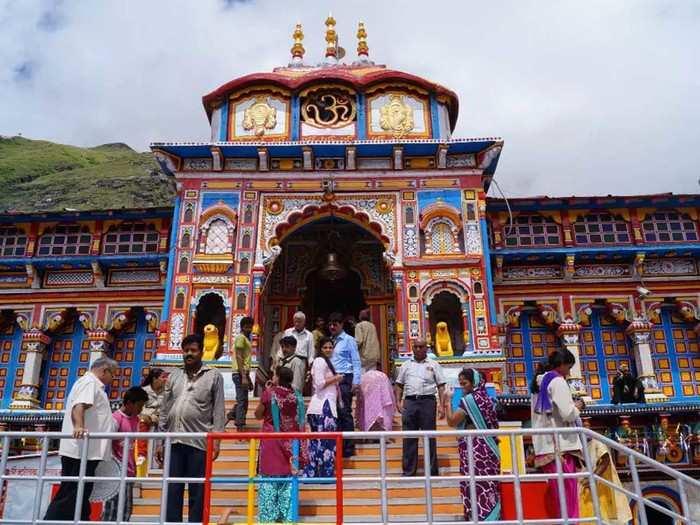 बदरीनाथ मंदिर (फाइल फोटो)