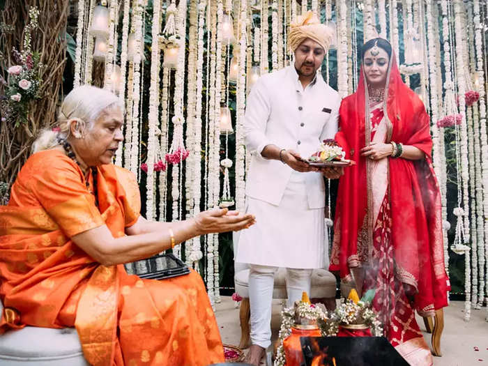female priest sheila atta conducted dia mirza vaibhav rekhi wedding ceremony and actress thanks her