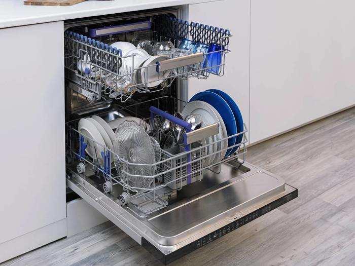 Dishwasher On Amazon : बर्तन धोने की दिक्कत को जाएं भूल, 34% तक के डिस्काउंट पर खरीदें Dishwasher