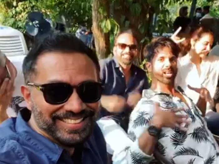 शाहिद कपूर और उनकी टीम