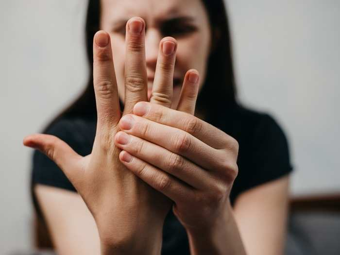 why hands and feet goes numb reasons for tingling symptoms and treatments