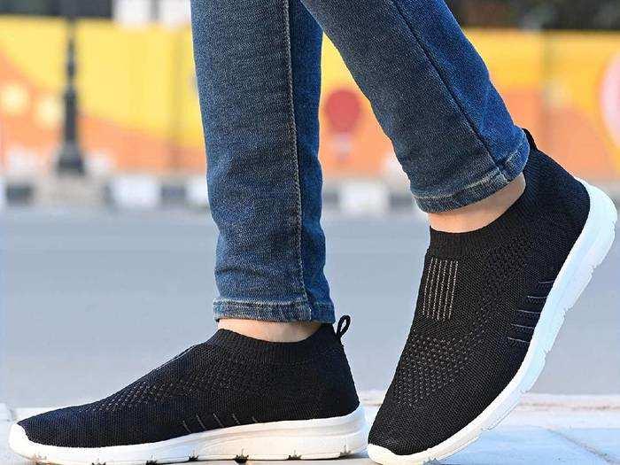 Sport Shoes On Amazon : 50% डिस्काउंट के साथ खरीदें Sport Shoes, खुद को बनाएं फिट