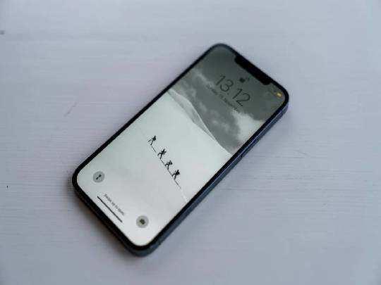 Smartphone On Amazon : खरीदें ये Smartphone और बचाएं 4000 रुपए, Amazon से अभी करें ऑर्डर