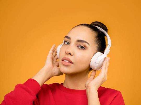 Best Headphones : यहां कम दाम में मिल रहे हैं दमदार साउंड क्वालिटी वाले Headphone