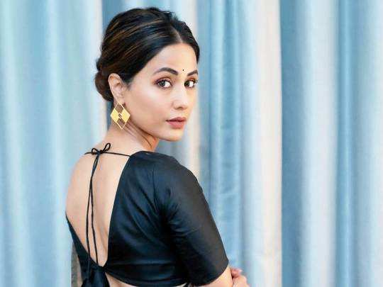 hina khan brutally trolled for copying deepika padukone silk saree