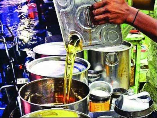 खाद्य तेलों के बढ़ रहे दाम ने बिगाड़ा रसोई का बजट