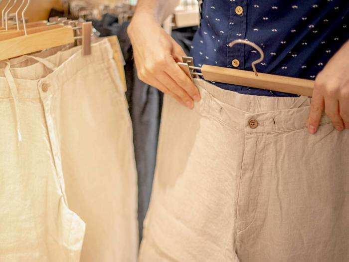 Casual Trouser : जब दिखना हो खास, तो पहनें यह स्टाइलिश कैजुअल ट्राउजर