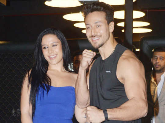 tiger shroff wanted to wrap his sister krishna shroff in a blanket