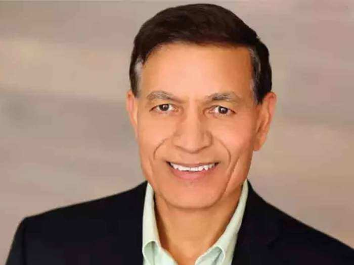 indian billionaire jay chaudhry, who studied under a tree in himachal pradesh becomes one of the world top billionaire today