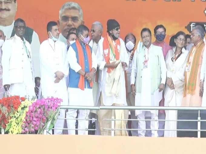 BJP-তে যোগ দিয়েই মিঠুনের সংলাপ মারব এখানে লাশ পড়বে শ্মশানে
