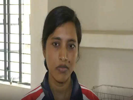 international womens day : katihar bmp woman constable lost both legs in accident still not lose courage