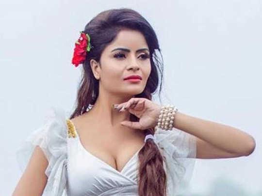 Gehana Vasisth ailing at Byculla Jail