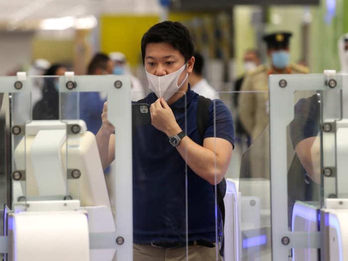 dubai airport introduces iris scan as passport identity verification