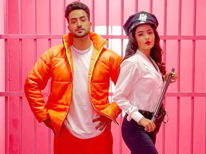 tera suit song aly jasmin