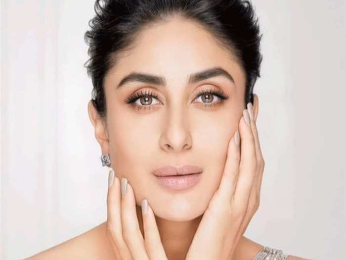 bollywood actress kareena kapoor shared secret of her glowing and beautiful skin in marathi