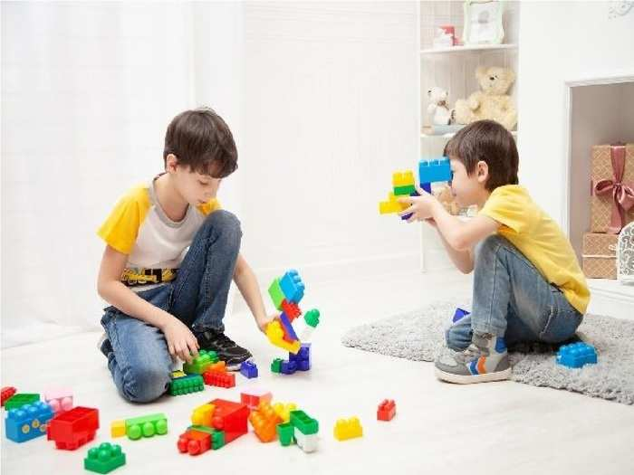 how to make child busy at home in hindi