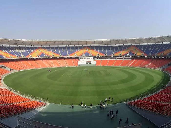 IND vs ENG 1st T20I: भारत-इंग्लैंड टी20 सीरीज में स्टेडियम के क्षमता के 50 प्रतिशत दर्शकों को मंजूरी