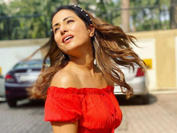 hina khan in red romper impresses her fans with airport look