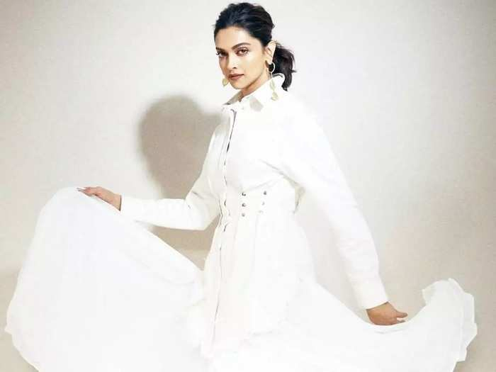 deepika padukone wore white color off shoulder outfit for alia bhatt birthday party in marathi