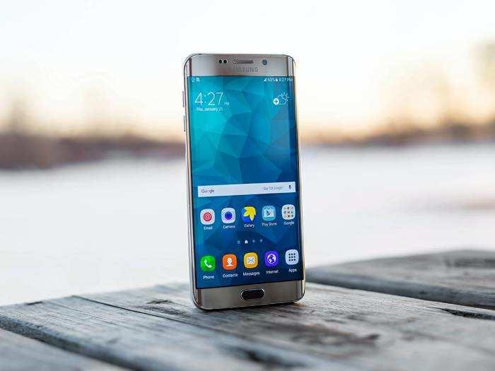 Deals On Smartphones : फास्ट कनेक्टिविटी के लिए इस्तेमाल करें फास्ट 5G Smartphones