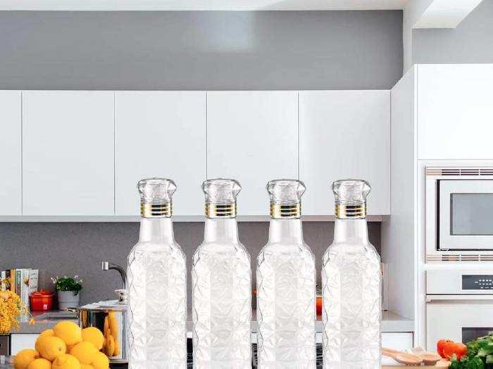 Water Bottles : 50% तक के डिस्काउंट पर खरीदें ये Water Bottle Set, हर जगह कैरी करें घर का शुद्ध पानी