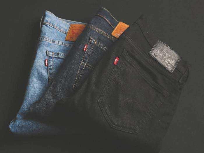Mens Jeans : इन स्टाइलिश Mens Jeans से बेहतर बनाएं अपनी ड्रेसिंग स्टाइल
