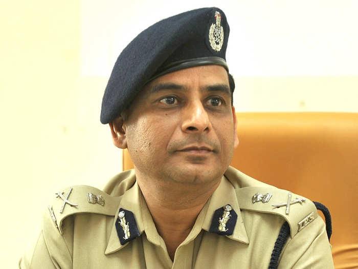 पोलिस दलात मोठे फेरबदल; हेमंत नगराळे नवे मुंंबई पोलिस आयुक्त