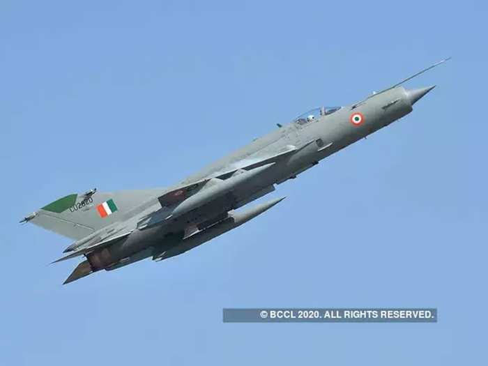mig-21 bison indian air force fighter jet speed and all specifications in hindi, know mikoyan-gurevich mig-21