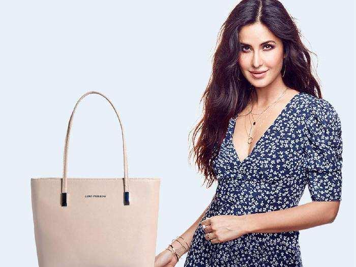 Womens Handbags : 64% के डिस्काउंट पर मिल रहे हैं ब्रांडेड Womens Handbags, जल्दी करें