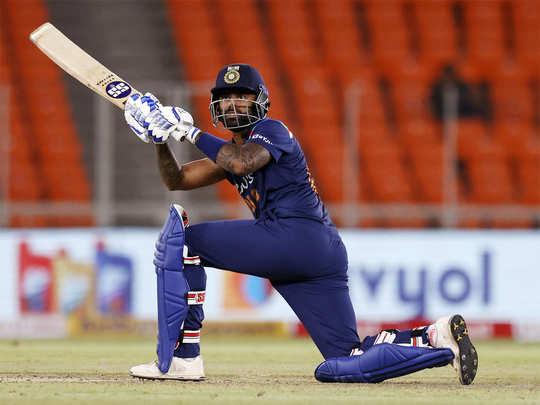 suryakumar yadav 1st t20i innings: IND vs ENG: सूर्यकुमार यादव ने अपनी पहली  टी20 इंटरनैशनल पारी में जड़ा अर्धशतक, बोले- इन पलों के लिए कई बार प्रार्थना  की - ind vs eng
