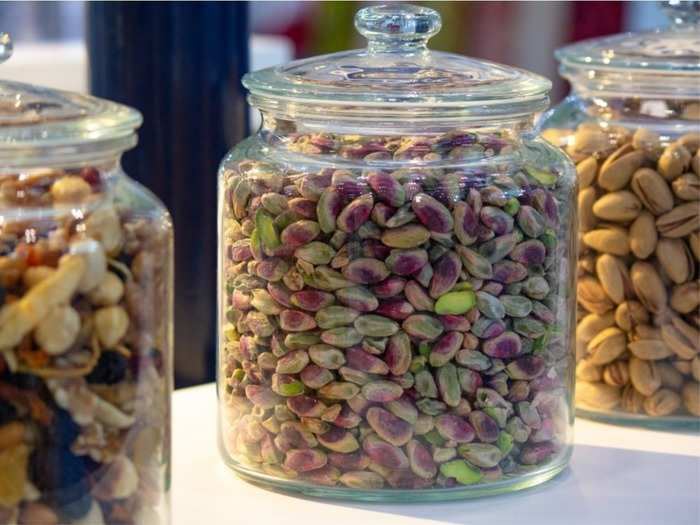 weight gain foods high calorie dried fruits that can help you gain weight in hindi
