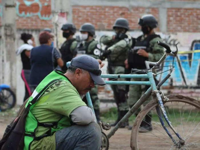 Mexico Police Convoy