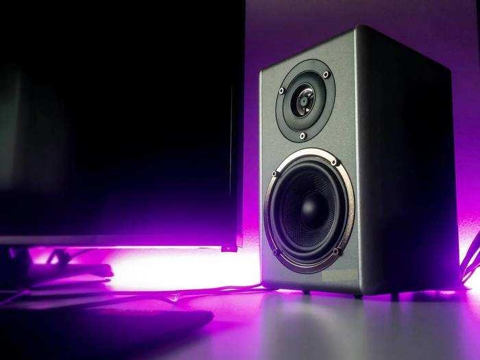 Speaker : दमदार साउंड क्वालिटी वाले इन मल्टीमीडिया और ब्लूटूथ Speakers के साथ होली पर मचाएं धमाल