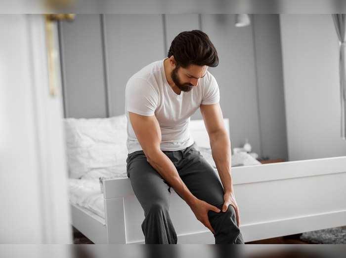 Pain Relief Oils : इन Pain Relief Oils से मसल्स और जोड़ों के दर्द में मिलेगा आराम