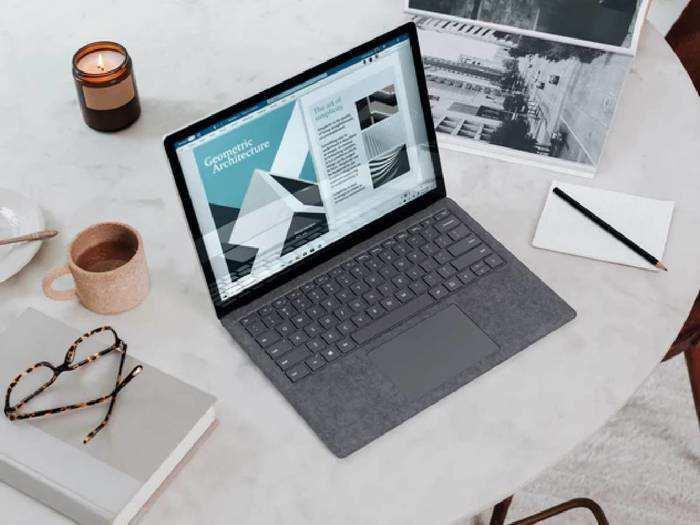 Laptop : कम बजट में मिल रहे हैं 8 GB RAM और लेटेस्ट फीचर्स वाले ये Laptops, जल्दी करें