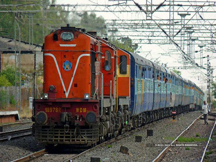 holi special trains bihar railway run 3 more pairs holi special trains via hajipur, patna know schedule