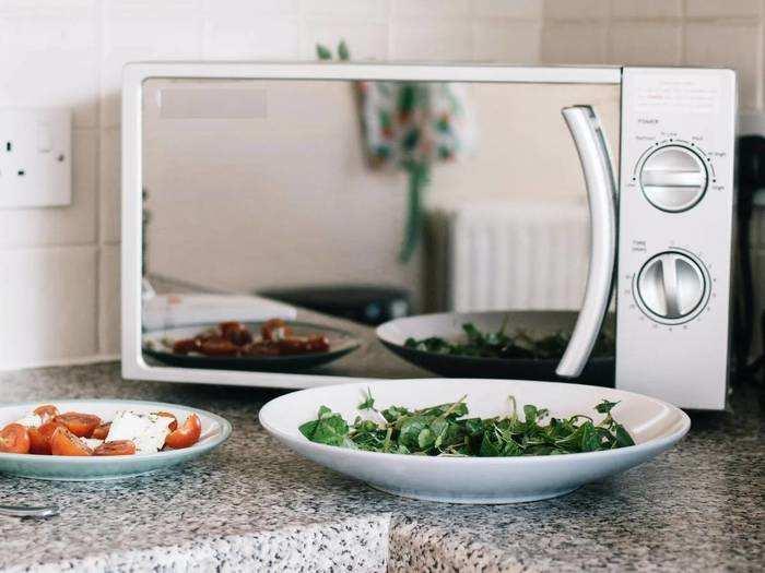 Microwave Ovens : घर पर बनाएं टेस्टी केक और पिज्जा, Microwave Ovens पर मिल रही 33% की छूट
