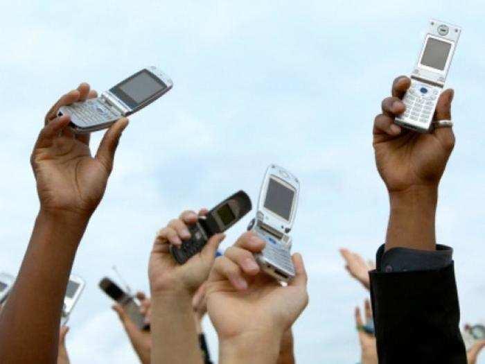 मोबाइल फोन में नेटवर्क न आने से हैं परेशान तो इस तरह चुटकियों में करें समाधान
