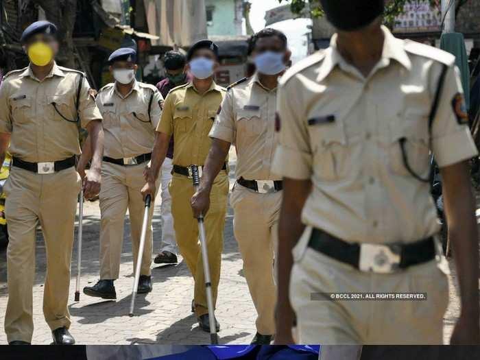 पोलिस यंत्रणाच पुरती पोखरलेली (प्रातिनिधिक फोटो)
